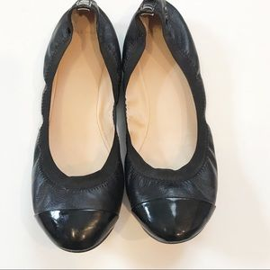 Like NEW Cole Haan black leather and stretch flats